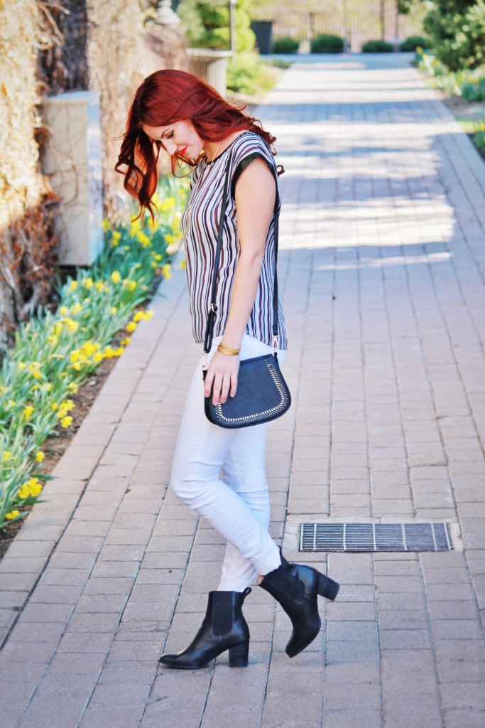 le tote, stripes, black purse, clothing memberships, salted sisters